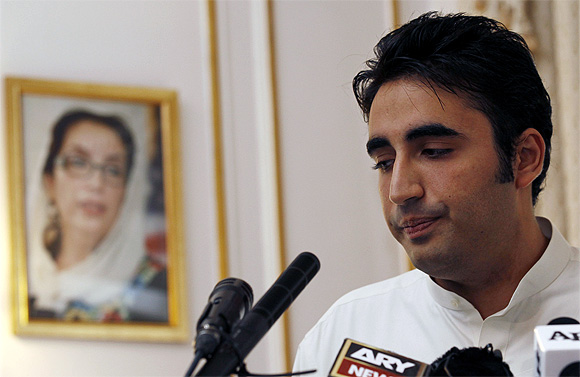 Ahead of polls, Bilawal leaves Pak after tiff with Zardari