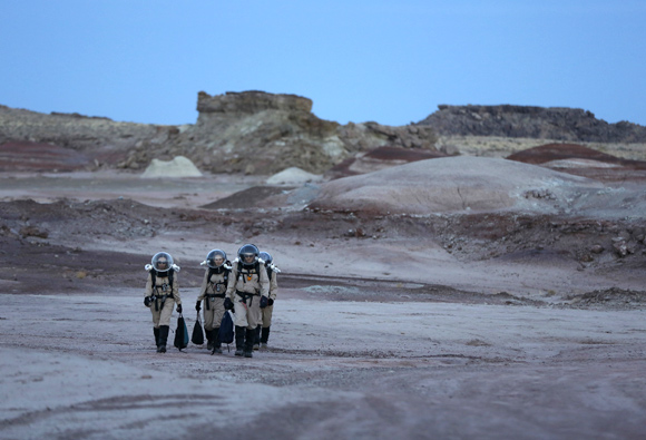 IN PHOTOGRAPHS: Life in a Martian desert