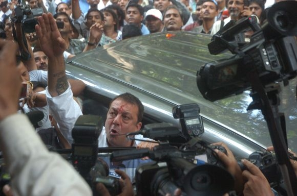 India News - Latest World & Political News - Current News Headlines in India - Sanjay Dutt restless in tiny 'anda cell meant for terrorists'
