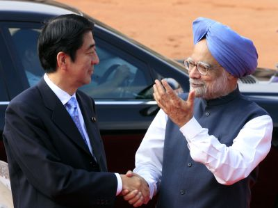 Prime Minister Manmohan Singh greets Japan PM Shinzo Abe during the latter's visit to India in 2007.
