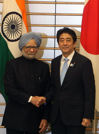 Prime Minister Manmohan Singh with his Japanese counterpart Shinzo Abe in Tokyo on Wednesday
