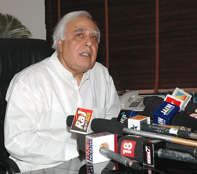 Modi is a Nirantar Virodhi, only gives speeches and goes: Sibal