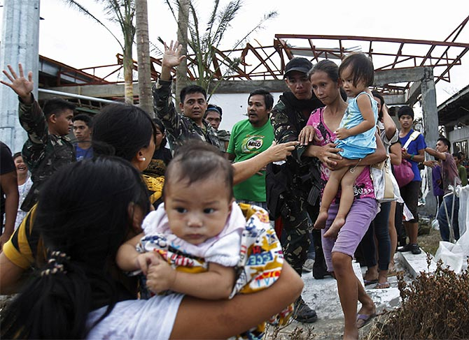China faces the wrath of Typhoon Haiyan
