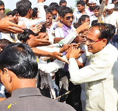 Rahul confused, Jyotiraditya no competition, says upbeat Chouhan