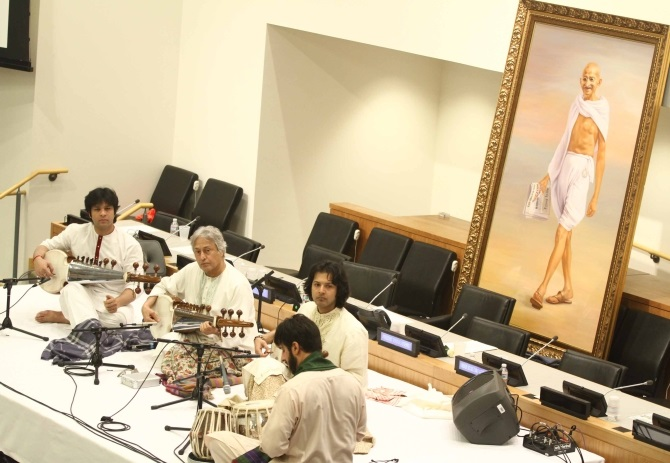 Ustad Amjad Ali Khan and his sons Amaan and Ayaan perform at the UN