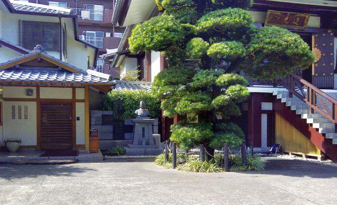 The Renkoji Temple in Tokyo
