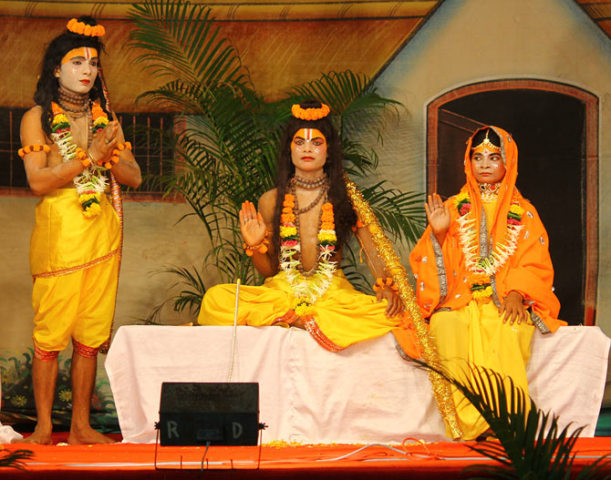 By the time the curtain rises, the mood has already been set through a string of bhajans.