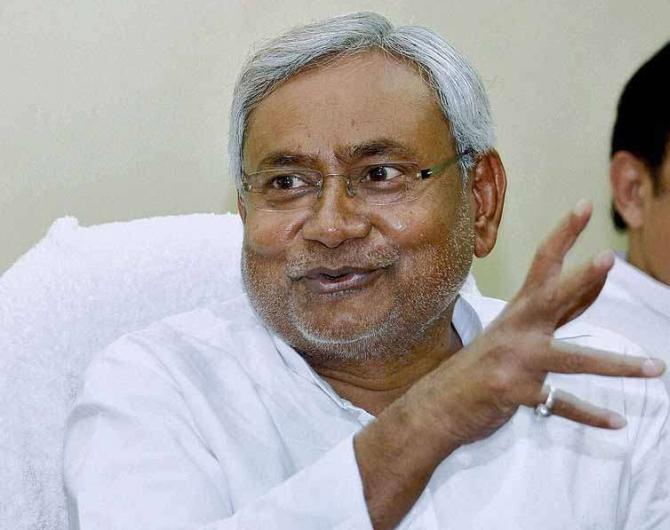 'Nitishji is desperate; he is trying to seduce Congress'