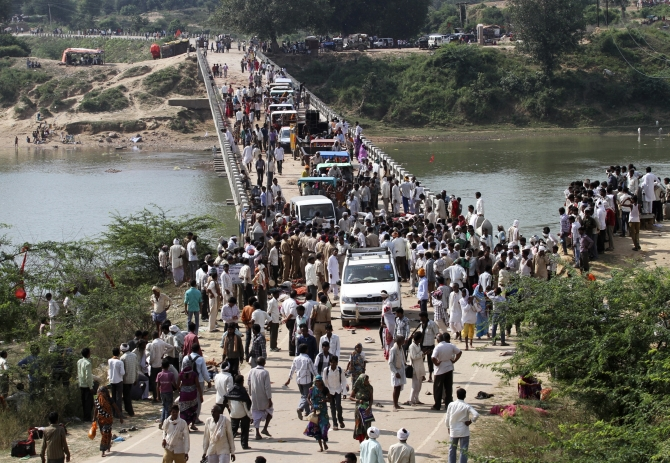 The bridge on which the stampede took place near a temple in Madhya Pradesh's Datia district
