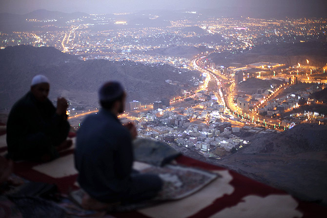 Muslim pilgrims pray atop Mount Thor in the holy city of Mecca