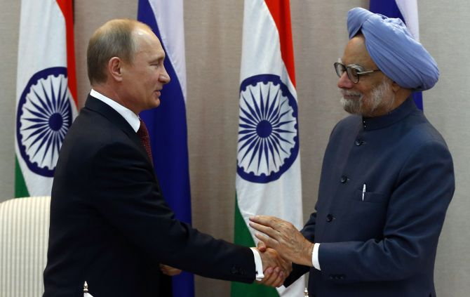 Russia's President Vladimir Putin with Prime Minister Manmohan Singh in New Delhi