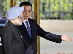 Dr Singh with Premier Li