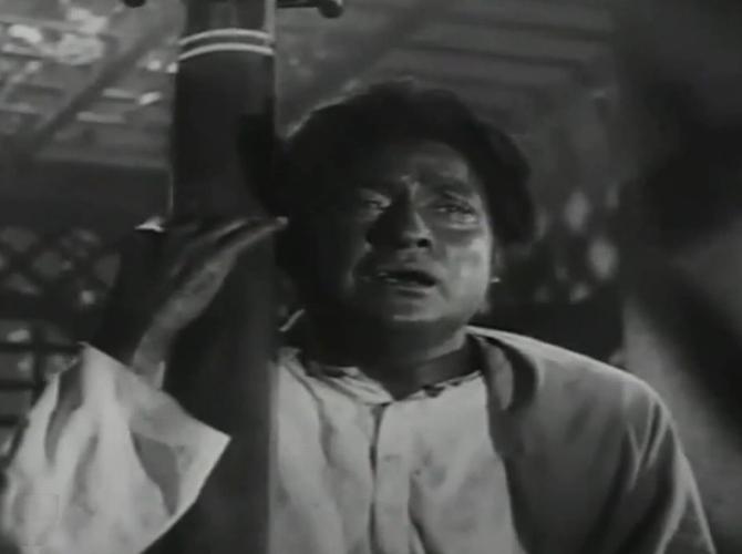 A scene from Meri Soorat Teri Aankhen