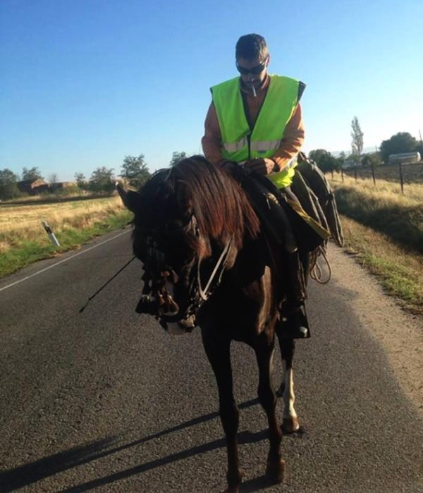 This Spaniard is riding 2000 miles on horse-back for a job!