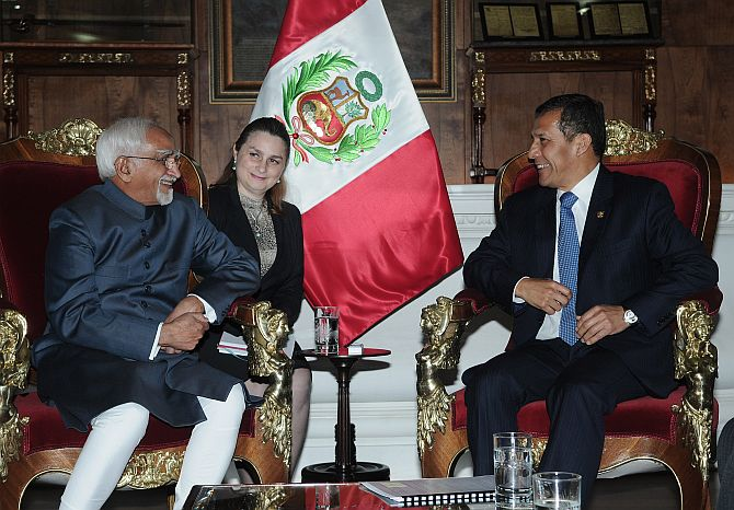 The Vice President with Peru's President Ollanta Humala