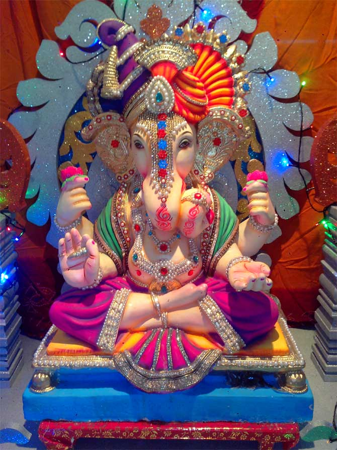 Readers' PHOTOS: Ganpati from Nagpur to California