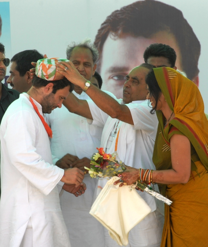 Rahul is being felicitated at the rally