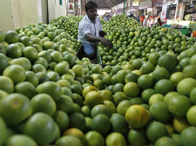 A fruit vendor in Chennai