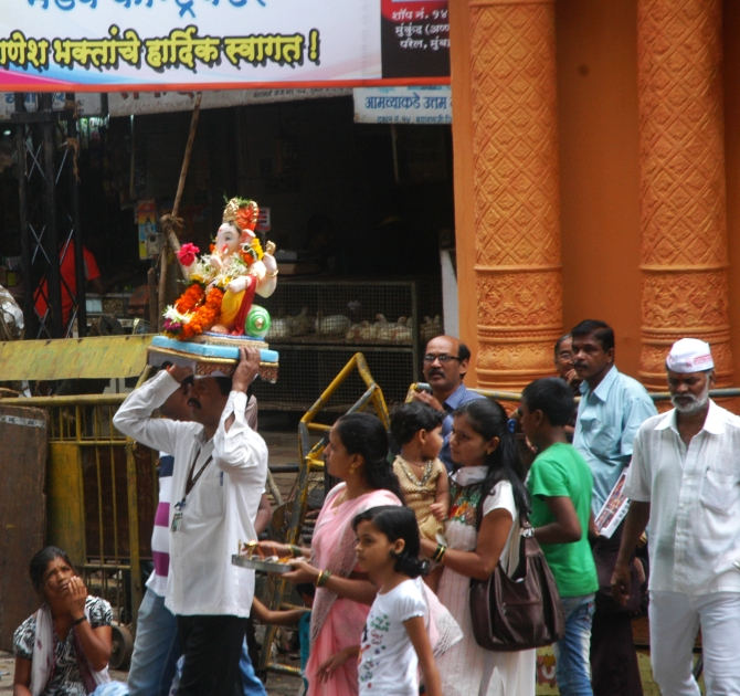 Ganpati Bappa morya, see you next year, chants Mumbai