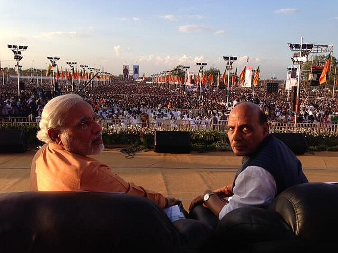 Gujarat Chief Minister Narendra Modi with BJP president Rajnath Singh in Trichy