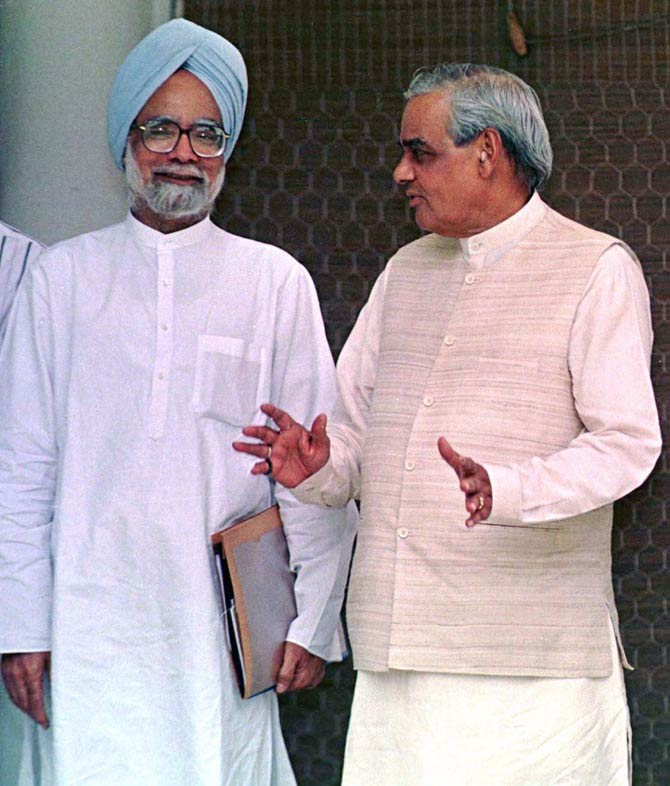 Dr Manmohan Singh, left, with then prime minister Atal Bihari Vajpayee in 1998.