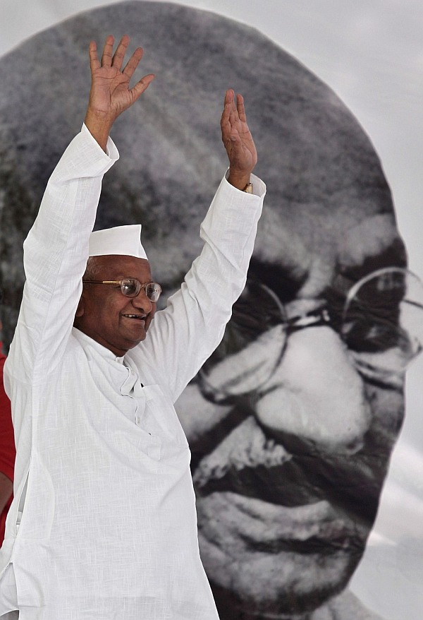 Anna Hazare is plotting a comeback