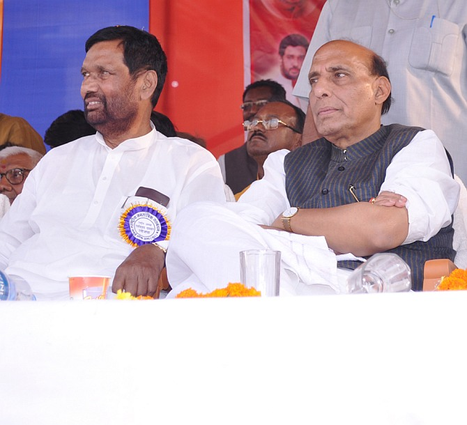 Rajnath Singh with LJP chief Ramvilas Paswan
