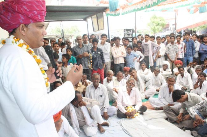 Mohammed Azharuddin at a meeting in Tonk