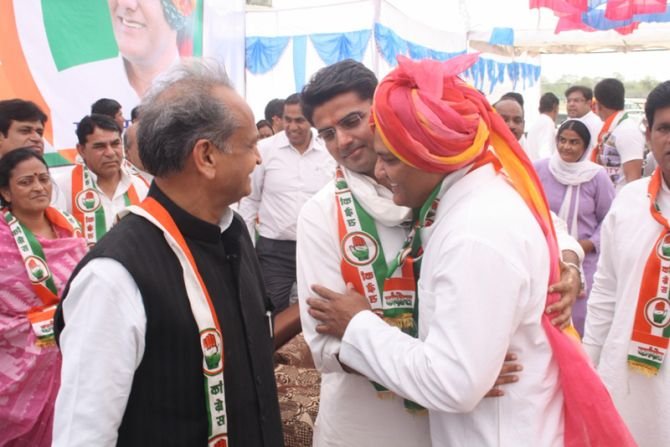 Mohammed Azharuddin with former Rajasthan CM Ashok Gehlot and President of Rajasthan Pradesh Congress Committee Sachin Pilot at the nomination aam sabha for Tonk-SawaiMadhopur constituency