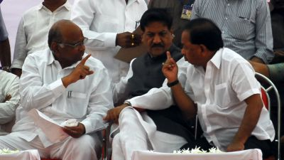 Sharad Pawar, Prithviraj Chavan and Narayan Rane at a rally in Sawantwadi