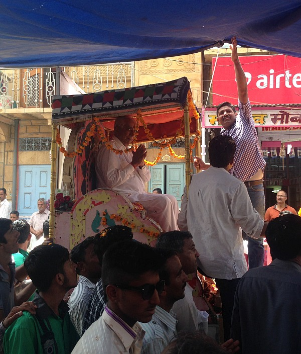 Jaswant Singh's camel cart winds its way through Jaisalmer.