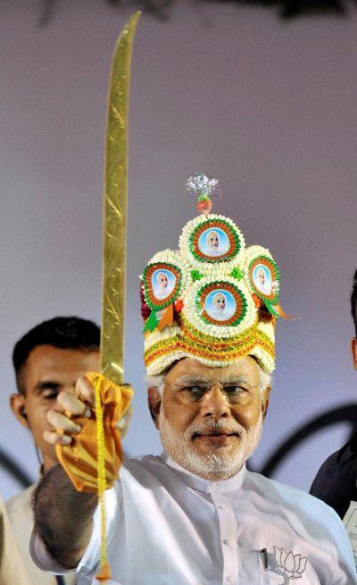 Babudom waits with bated breath: Will it be Modi?