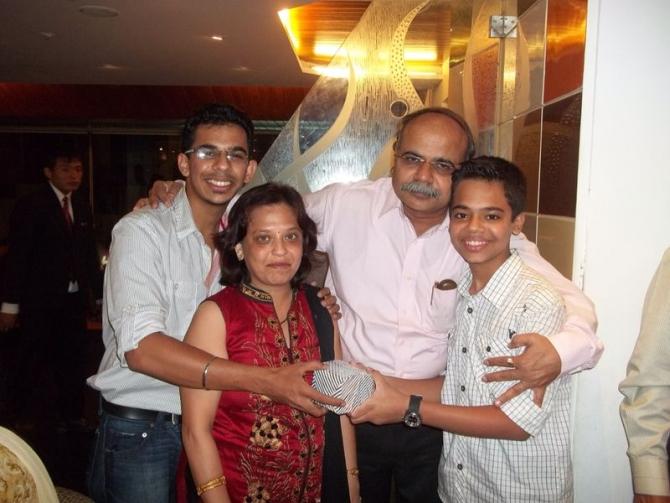 Vikas Mahante with his family before he 'modi-fied' himself.