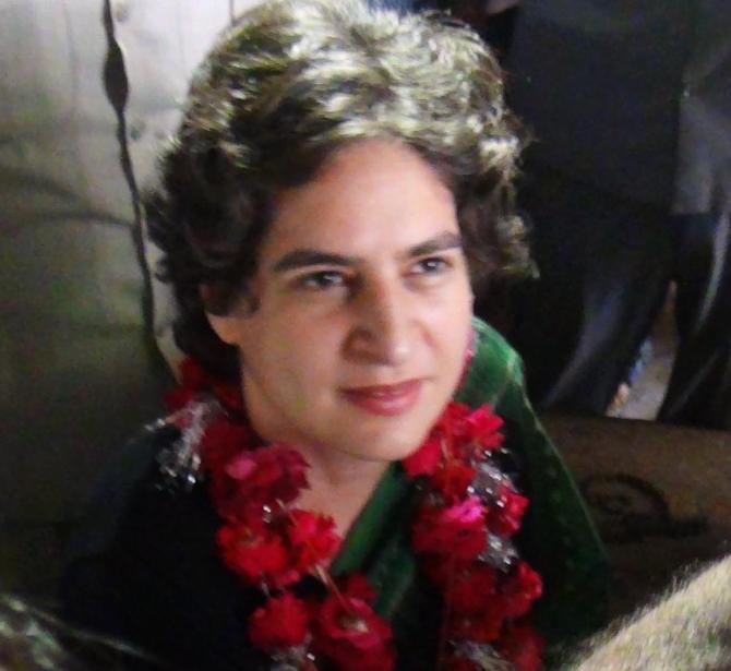 Priyanka campaigns in Amethi