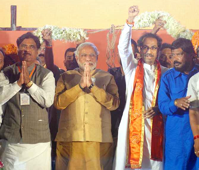 Narendra Modi, Shiv Sena president Uddhav Thackeray, BJP leader Gopinath Munde and RPI chief Ramdas Athawale at the rally on Monday