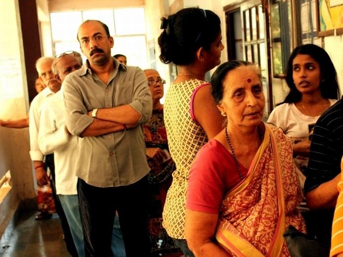 Mumbaikars line up to cast their vote in Mahim