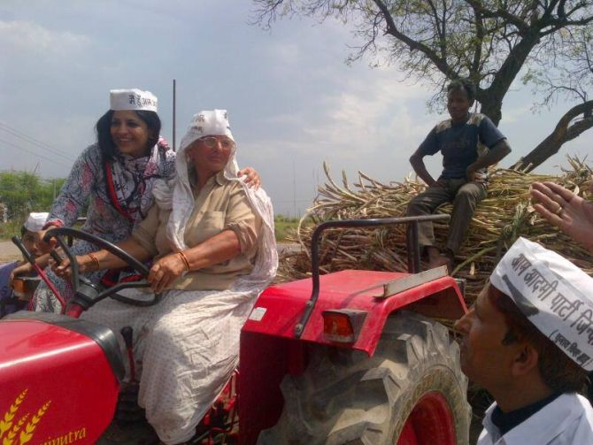 Shazia has been known to have one-on-one interactions with her voters.