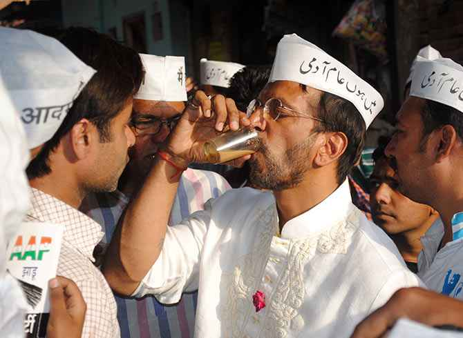There's awareness about the AAP in Lucknow, says Javed Jafri, seen here drinking a glass of tea.