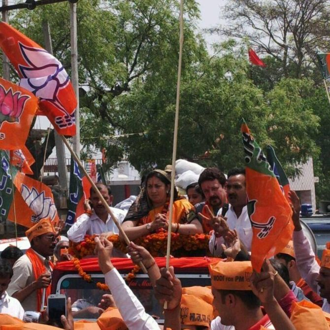Riding high on the Modi wave, Smriti Irani is giving Rahul Gandhi a run for his money in Amethi.