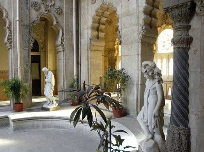 Beautifully carved statues are all around the palace.