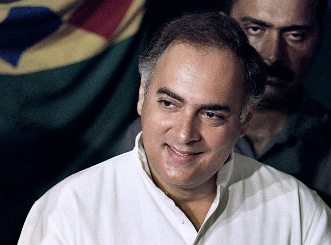 PM Rajiv mishandled Bofors, Shah Bano cases