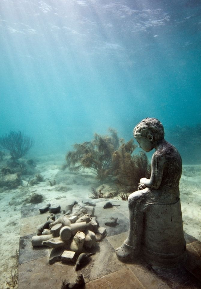 PHOTOS: Dive into this UNDERWATER museum