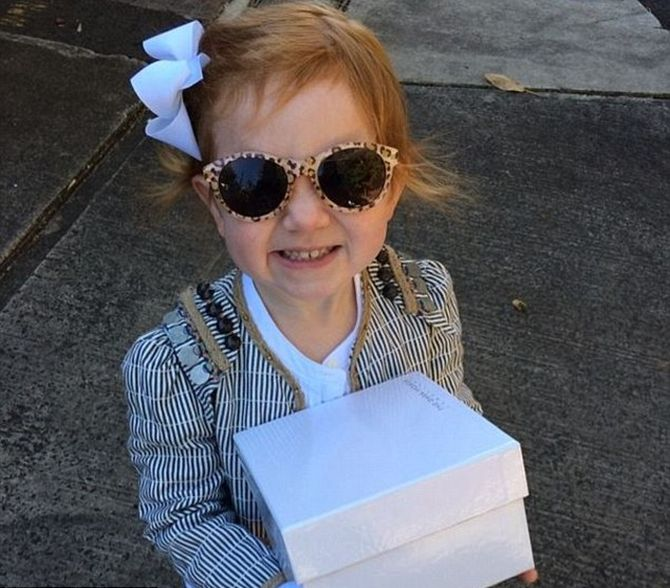 This jet-setting 2-year-old is all the rage on Instagram