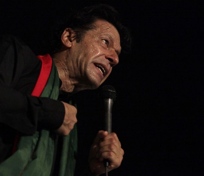 Imran Khan addresses his supporters