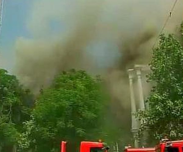 PHOTOS: Fire in Delhi's Connaught Place