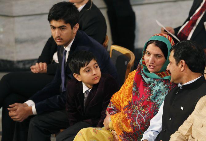 Pics For > Malala Yousafzai Family
