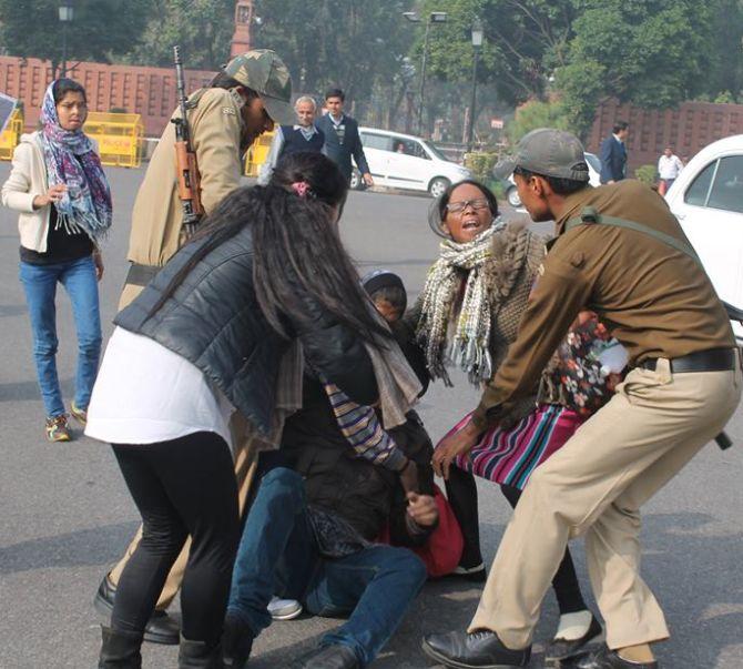 India News - Latest World & Political News - Current News Headlines in India - SHAME! Delhi cops beat up, detain acid attack survivors