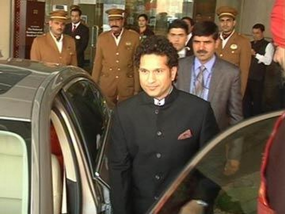 Sachin outside the Rashtrapati Bhavan after the ceremony