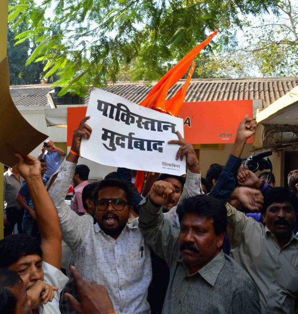 Shiv Sena workers disrupting Mekaal Hasan Band's press conference at the Mumbai press club on Tuesday Sahil Salve