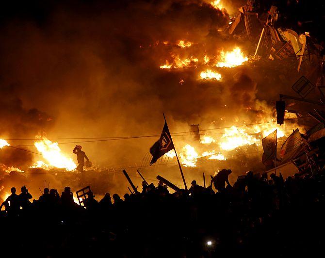 IN PHOTOS: Catastrophic violence in Ukraine protests